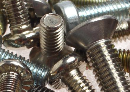 Screws with countersunk head