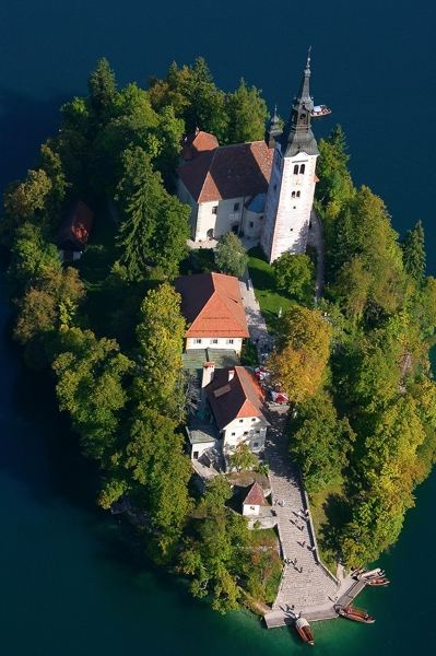 Weddings in Bled - medieval castle, church, catholic and civil