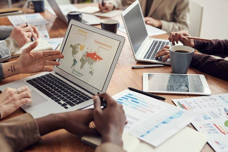 Virtual business incubator