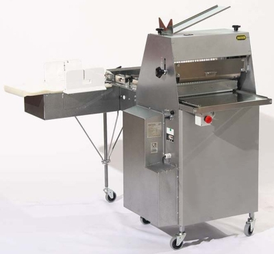 Automatic breadslicer Domina